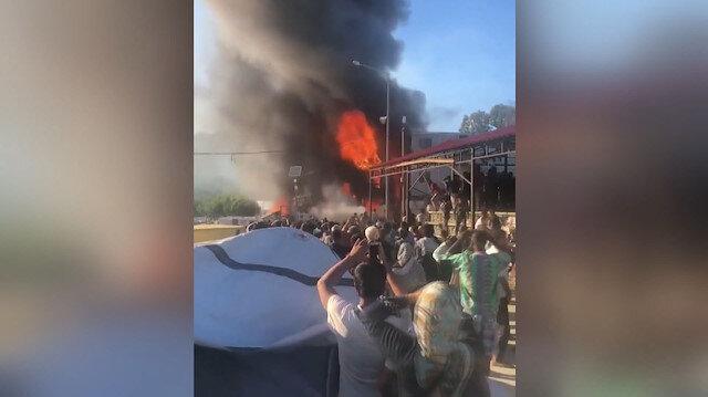 Yunanistanda mülteci kampında yangın: 2 ölü