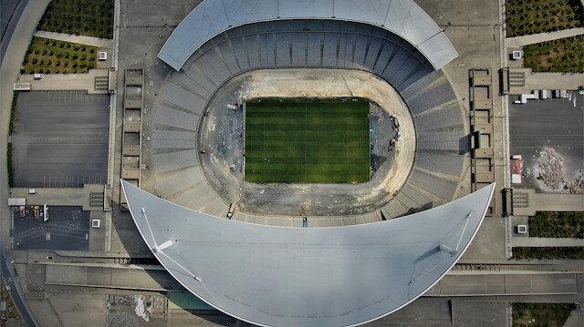 Atatürk Olimpiyat Stadyumu'nun drone ile çekilmiş görüntüsü.