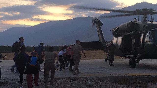 Yaralı çocuk askeri helikopterle hastaneye ulaştırıldı