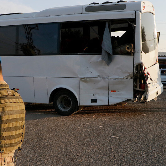 Şanlıurfa'da askerleri taşıyan midibüs ile TIR çarpıştı: 1 şehit 14 yaralı