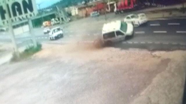 Trafikte makas atan sürücü kazaya neden oldu