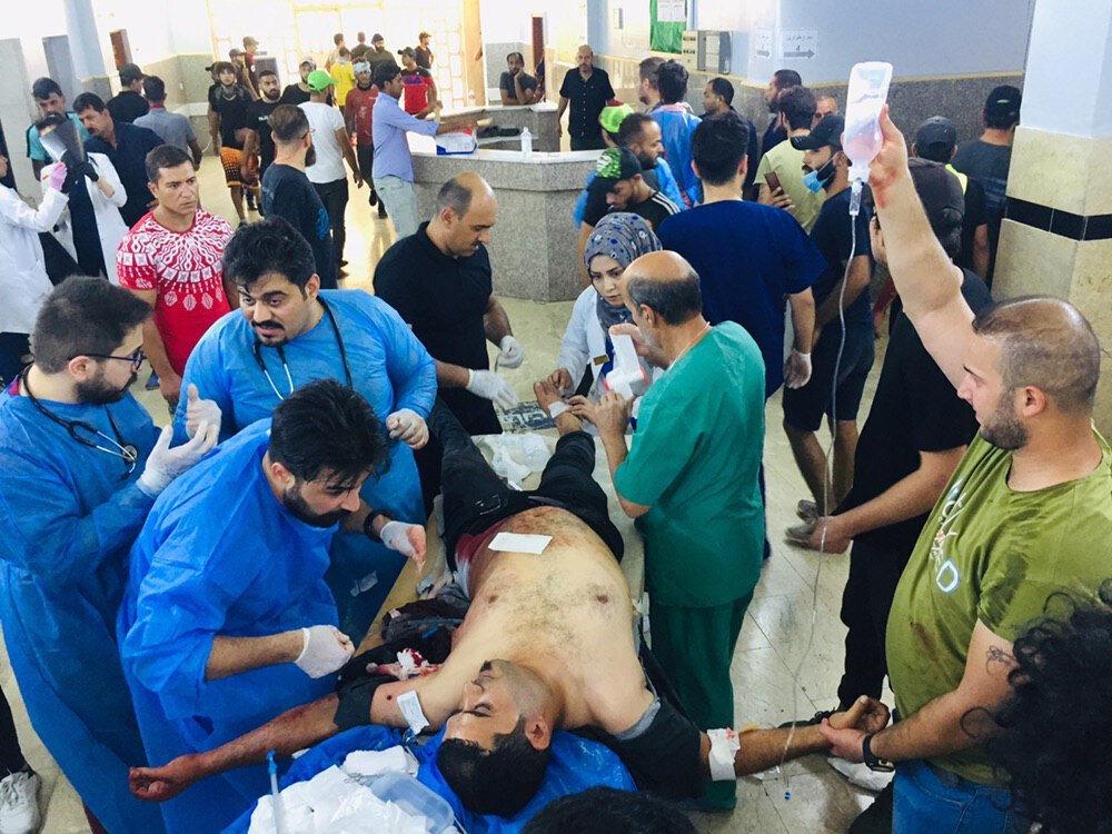 Ülkede 1 Ekim'den bu yana gösterilerde 100'den fazla kişi hayatını kaybetti, yaklaşık 4 bin kişi yaralandı.nn