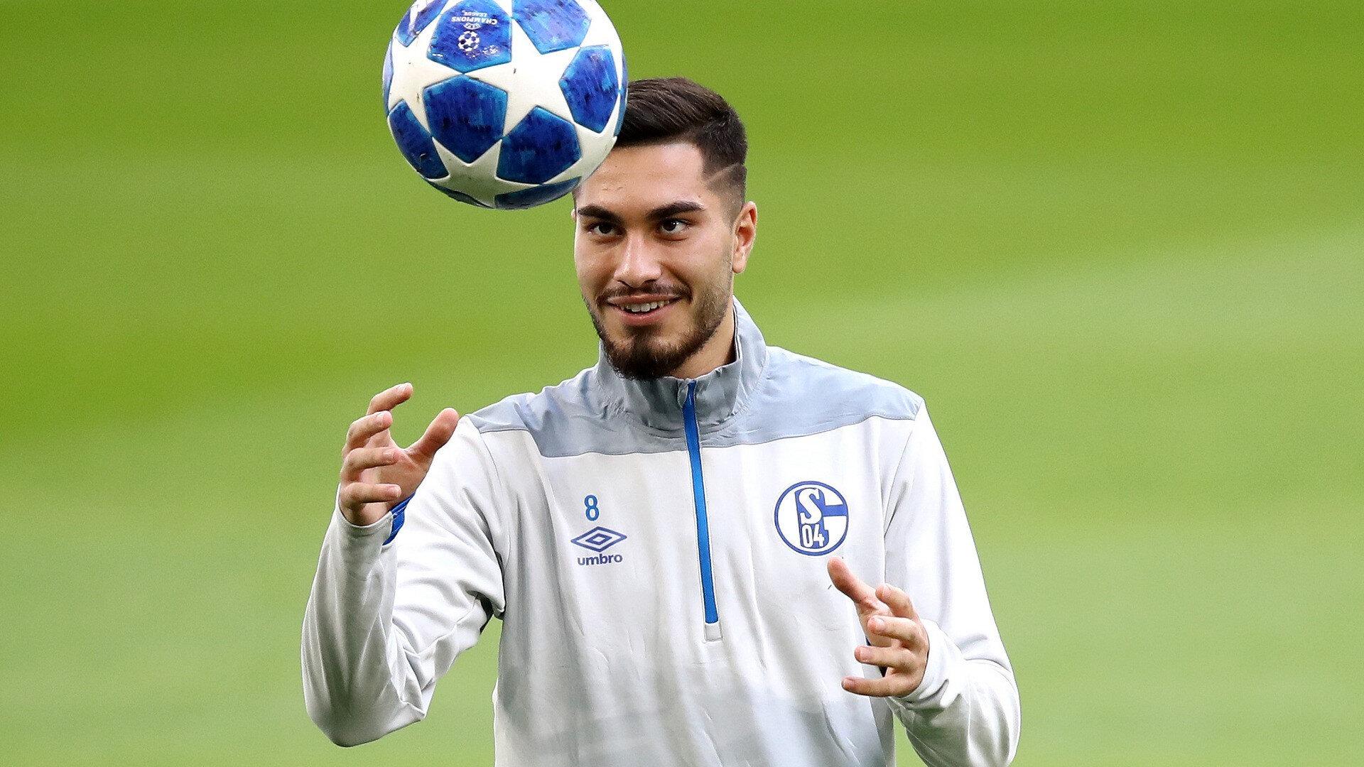 Schalke 04'te forma giyen Türk asıllı futbolcu Suat Serdar, milli takım tercihini Almanya'dan yana kullandı.
