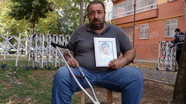 HDP önünde 18 gündür evlat nöbeti tutan baba: Üzüntüden felç geçirdim