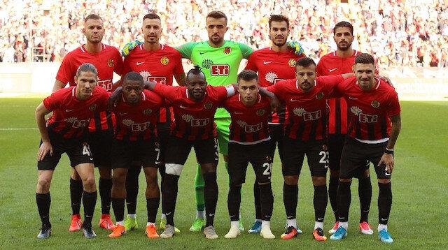 Eskişehirspor, -2 puanla ligde son sırada yer alıyor.