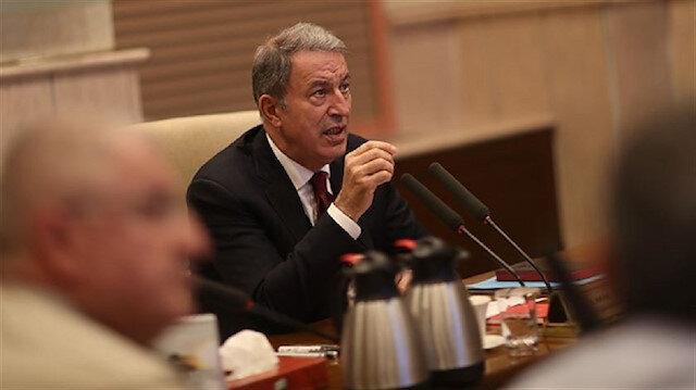 وزير الدفاع التركي: استعداداتنا للعملية العسكرية بشرق الفرات السورية مستمرة