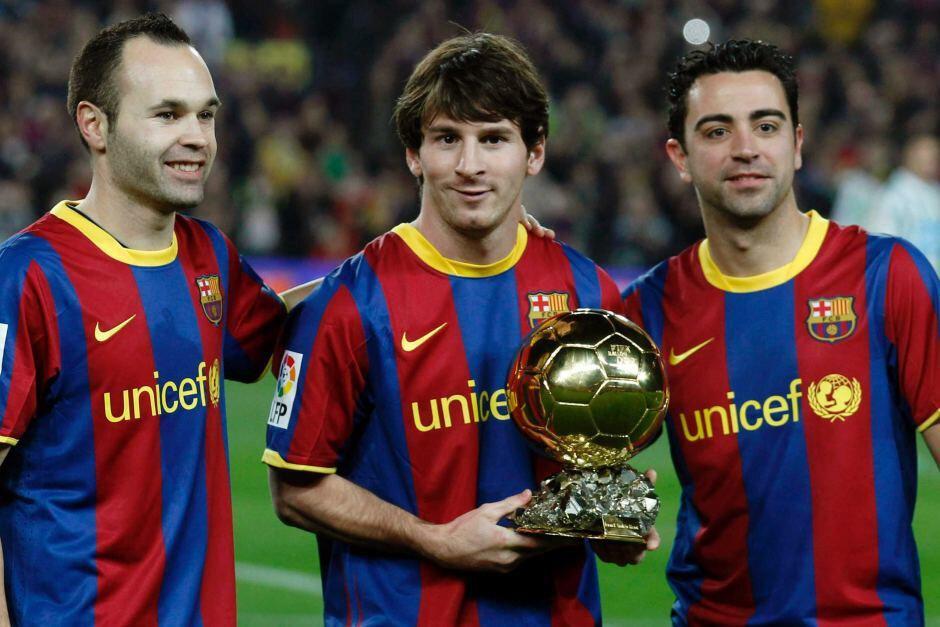Iniesta ve Xavi, Messi'nin altyapıdan takıma katılması sürecinde de büyük katkıda bulunmuşlardı.