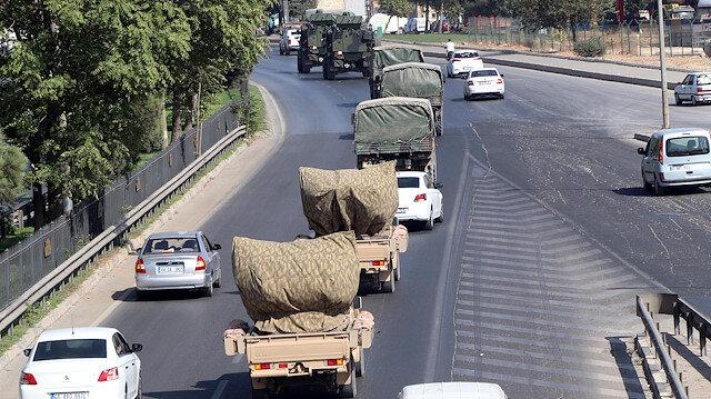 Suriye sınırına askeri sevkiyat sürüyor: Gaziantep'ten 120 araçlık konvoy yola çıktı