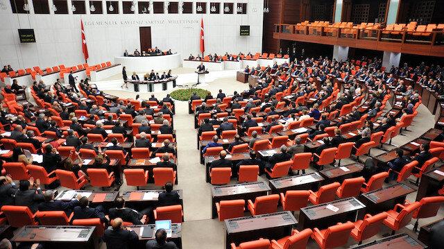 Cumhurbaşkanı Erdoğan'ın mesajını AK Parti, MHP ve İyi Parti grupları ayakta alkışladı