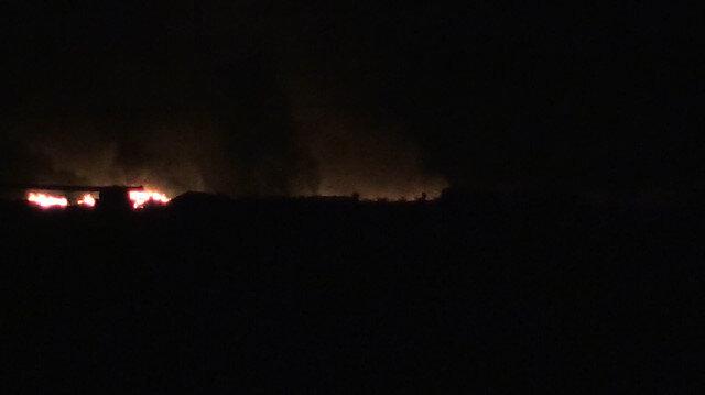 İHAların görüntü almasını engellemek için lastik yaktılar