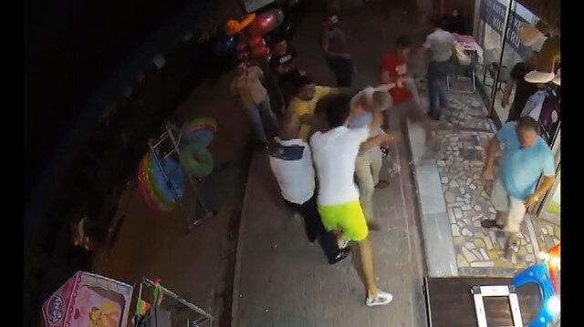 Kahvehanede gürültü yapan adama meydan dayağı attılar