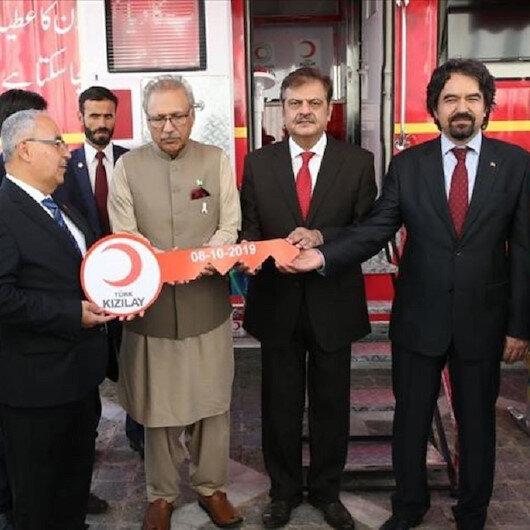الهلال الأحمر التركي يهدي باكستان وحدة متنقلة للتبرع بالدم