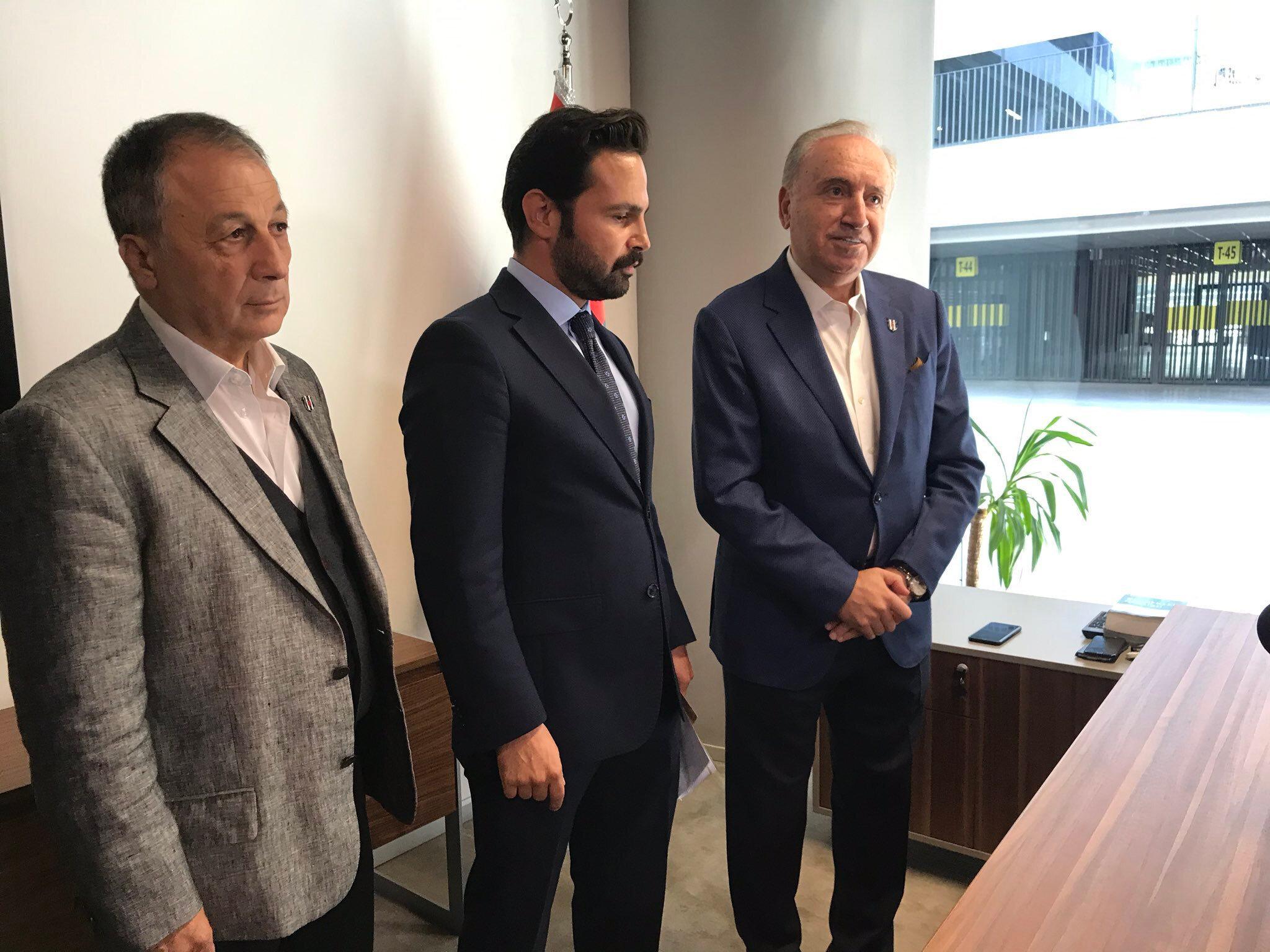 Hürser Tekinoktay'ın başkanlık başvurusunu avukatı Aker Çıtak yaptı.