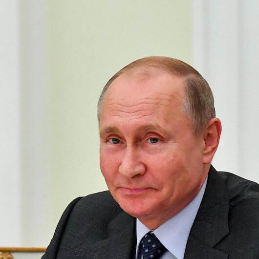 Russia, Saudi Arabia plan deals for $2 bln for Putin's visit to Riyadh