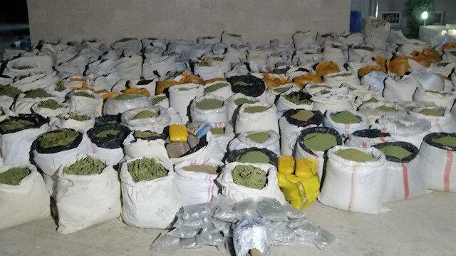 PKK'ya yönelik operasyonda 5 ton esrar, 1 milyon 337 bin kök Hint keneviri ele geçirildi