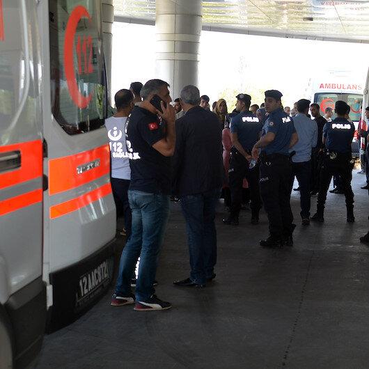 Bingöl'de yolcu otobüsü devrildi: 4'ü ağır 29 kişi yaralandı