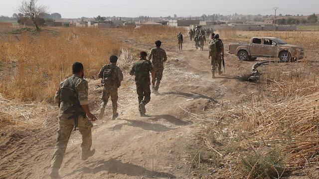 Suriye Milli Ordusu askerleri Münbiç'ten Kamışlı'ya uzanan stratejik M4 kara yoluna ulaştı