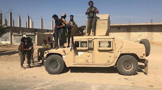 Suriye Milli Ordusu Rasulayn'da ABD zırhlı aracını ele geçirdi