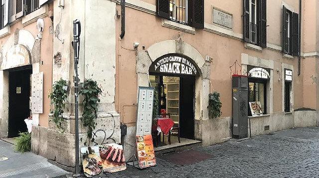 İtalya'da 2 tabak makarnaya 430 euro hesap kesen restoran artık sinek avlıyor