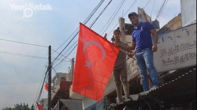 Lübnan Türk bayraklarıyla donatıldı: Bu bizim için tek sembol Türk bayrağı