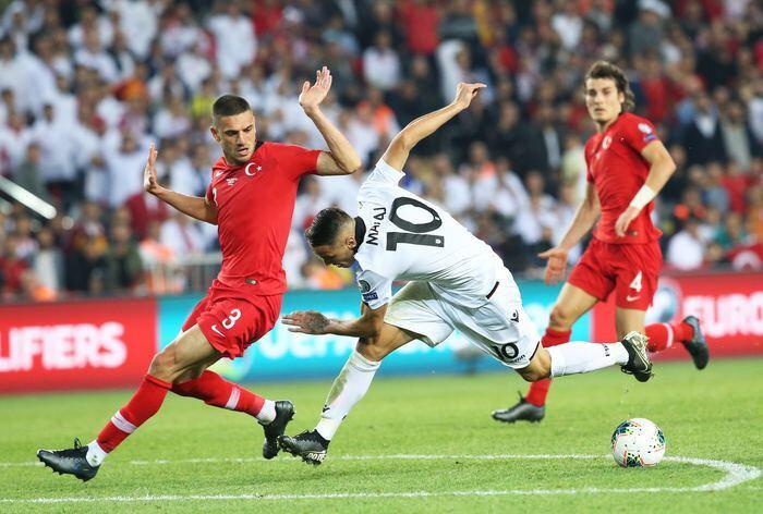 Merih Dermiral, Arnavutluk karşısında gösterdiği performansla büyük alkış aldı.