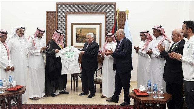 السعودية تلعب في الضفة الغربية..