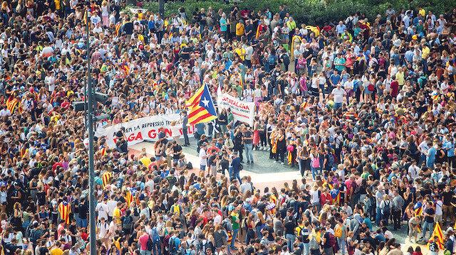 Katalan ayrılıkçılara hapis