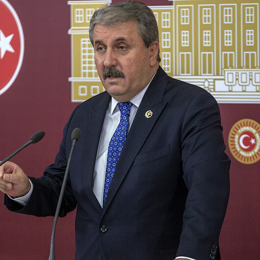 Turkish Opposition party backs continuation of Syria op.