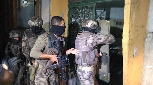 İstanbul'da şafak vakti 33 adrese eş zamanlı operasyon: 31 şüpheli yakalandı