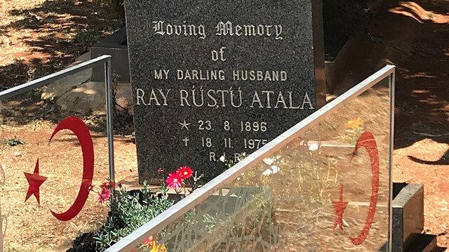 Suriye'de savaşan Güney Afrikalı Osmanlı pilotunun mezarı onarıldı
