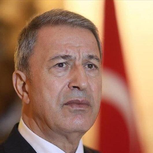 وزير الدفاع التركي يتباحث هاتفيًّا مع نظيره العراقي