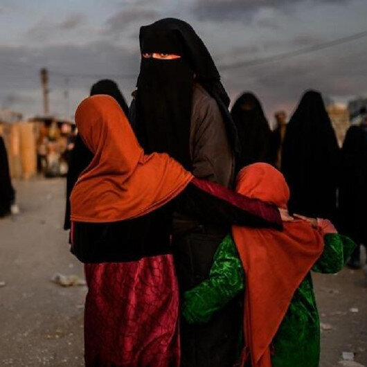 """""""ي ب ك"""" وعائلات فرنسية من داعش.. صحيفة فرنسية تكشف المستور"""