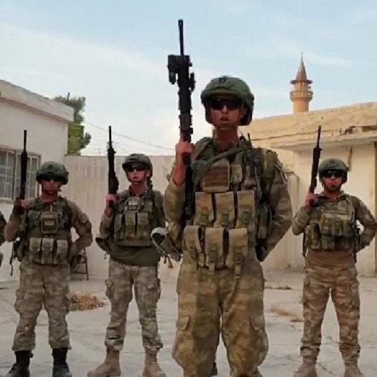 من تل أبيض السورية.. الجيش التركي يردّ التحية لمنتخب بلاده