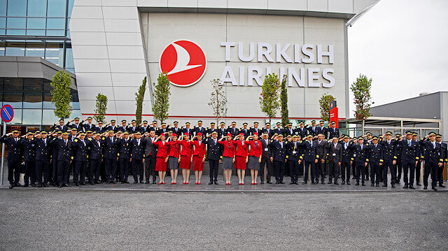Mehmetçiğe selam gönder kampanyası: Bir selam da THY ekiplerinden geldi