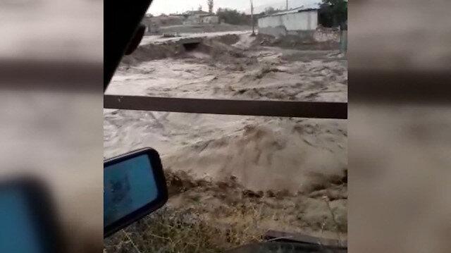 Konya'da sağanak sele neden oldu