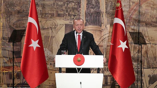 Cumhurbaşkanı Erdoğan, yabancı gazetecileri kabul etti: ABD sözünü tutmazsa harekat sürer, YPG'nin çekilmesinin sorumluluğu ABD'de