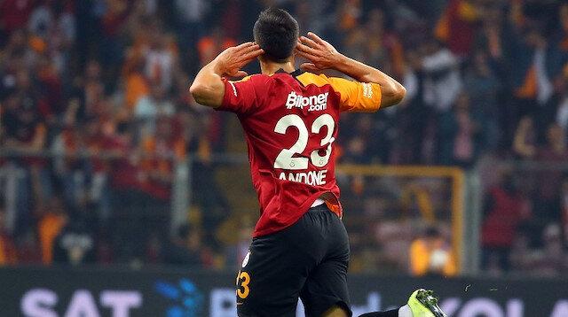 Galatasaray'ın yeni transferi Andone, Türk Telekom'da çıktığı ilk maçta 2 gol atma başarısı gösterdi.
