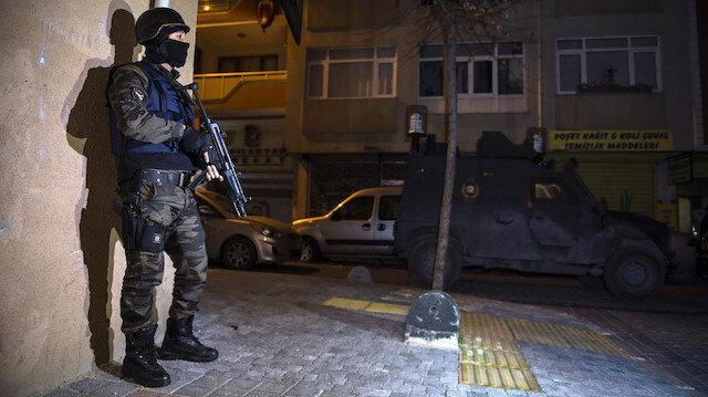 İstanbul'da siyasi parti binaları ve marketlere bombalı saldırı hazırlığındaki PKK'lı teröristler yakalandı