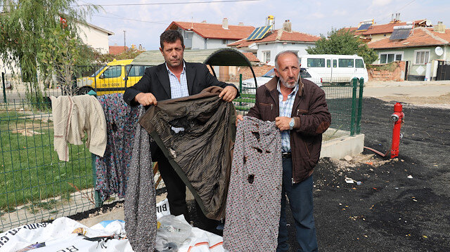 Yerleştikleri 3 ev ve köy odası yandı şimdi de kıyafetleri yanıyor: Gittiğimiz yer yanıyor kimse bizi kabul etmiyor