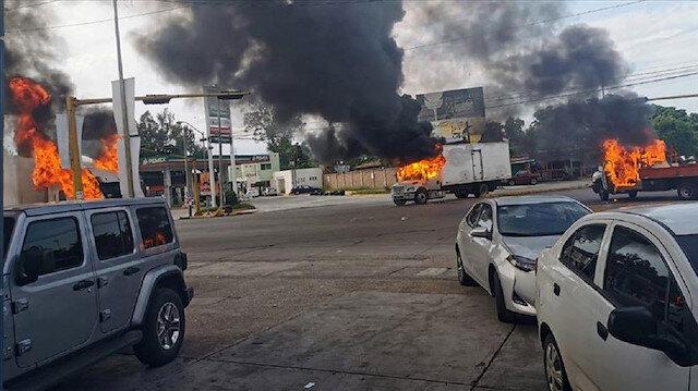 Meksika'da El Chapo'nun oğlu yakalanınca çatışma çıktı: Arabalar ateşe verildi, kent paniğe düştü