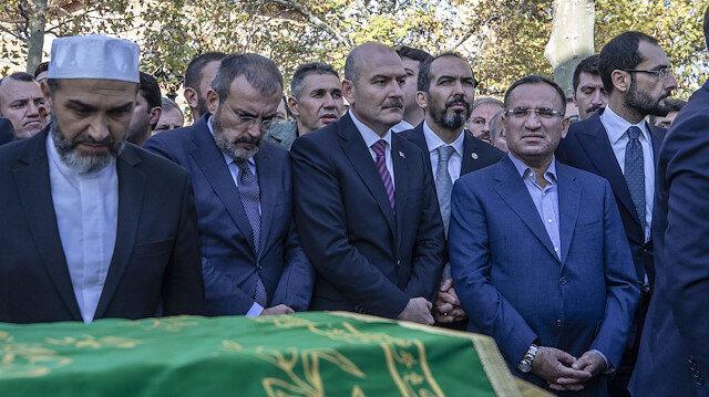 Nuri Pakdil'in cenaze namazına yoğun ilgi
