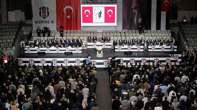 Beşiktaş sandık başında: Yeni başkan belli oluyor