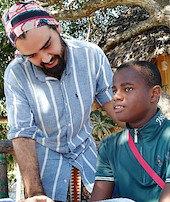 Afrikaya eğitim yardımında Türk eli