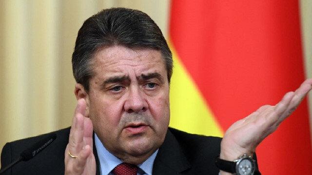 وزير ألماني سابق يخرج عن صمته ويكشف جرائم