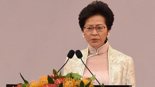 زعيمة هونغ كونغ تعتذر عن وصول مياه لمسجد أثناء تفريق متظاهرين