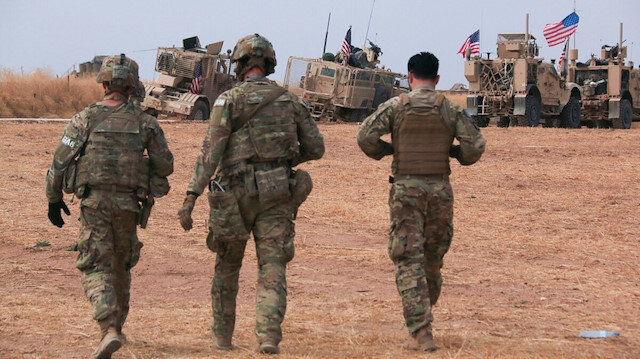 Suriye'den çekilen ABD askerleri Irak'taki üslere gidiyor: 100 zırhlı araçla intikal başladı