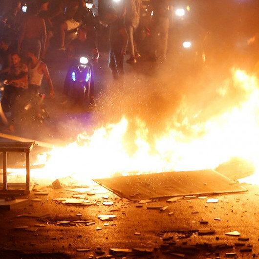 Göstericilerden devam çağrısı