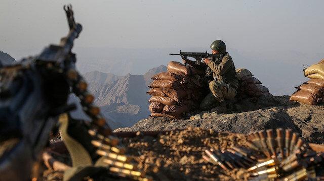Mardin ve Zeytin Dalı Harekatı bölgesinde 2 asker şehit oldu: Biri gri listede 10 terörist etkisizleştirildi