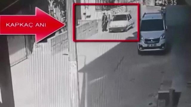 Operasyonla yakalanan 2 kişinin kapkaç yaptığı anlar kamerada