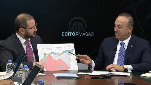 Bakan Çavuşoğlu güvenli bölge mutabakatının ayrıntılarını harita üzerinde anlattı